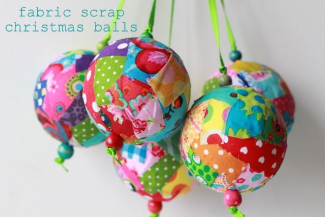 Fabric Scrap Christmas Balls Jillian In Italy